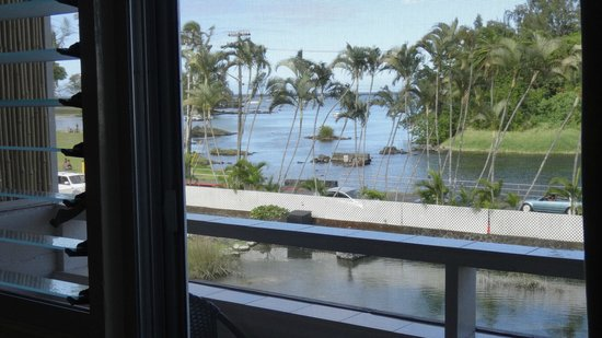 Hilo Seaside Hotel: View from the room