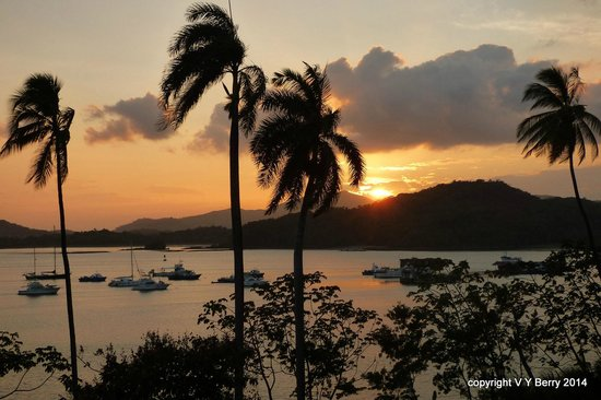 Country Inn & Suites by Radisson, Panama Canal, Panama: Sunset  from our balcony