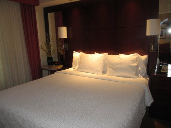 Residence Inn Port St. Lucie: King Bed