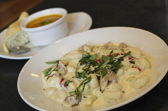 Terra Cafe: Gnocchi w/ Cheese Sauce