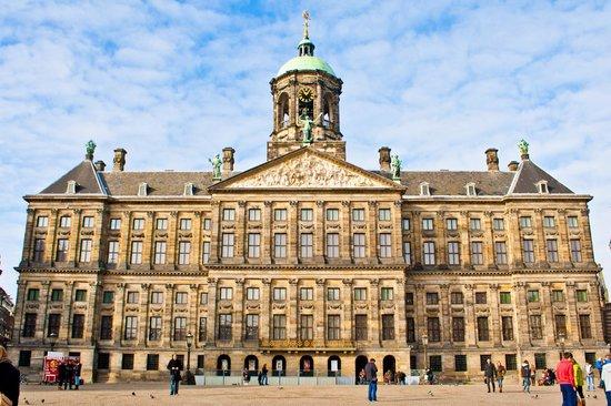 Dam Platz: Amsterdam Royal Palace