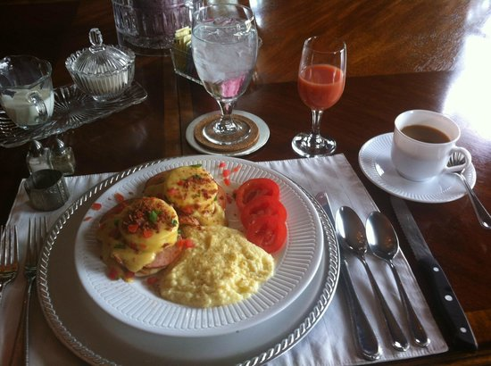 The Queen Anne Bed & Breakfast : One of 3 FABULOUS breakfasts by Charles