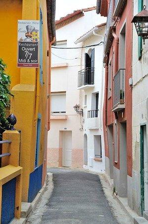 Hotel Cortie: Vue de a rue
