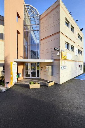 Photo of Hotel Mister Bed Nemours