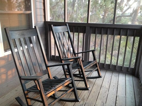 Fort McAllister State Historic Park Campground: Enticing Rockers