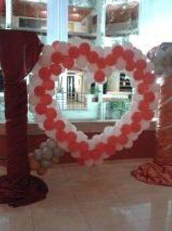 Hipotels  Mediterraneo: decoración hotel San Valentin