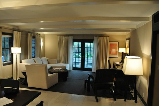 Boca Raton Resort, A Waldorf Astoria Resort: Living room
