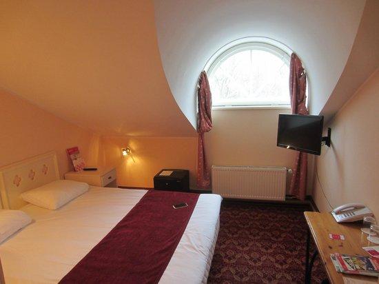 Rixwell Old Town Hotel: номер 402