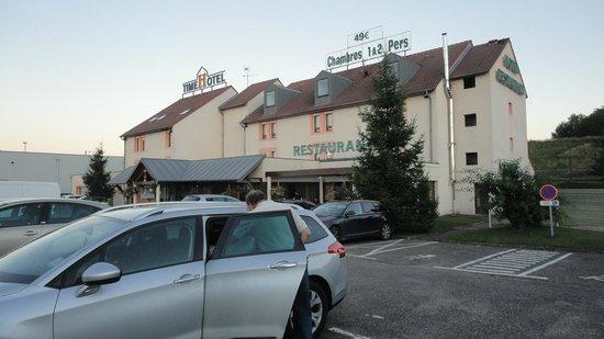Time Hotel: Hotellet set udefra