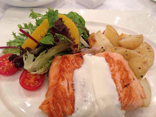 Wagyu: Salmon main course