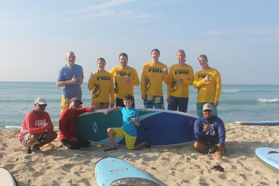 Hawaii Surf Lessons 101 : Our group