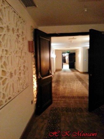 Saray Mshereb Delux Hotel Residence: Corridore