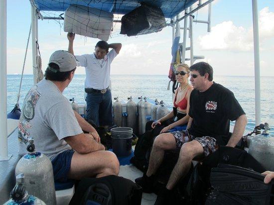 Pepe Scuba Dive Shop: Dive Master Valente on the way to dive site
