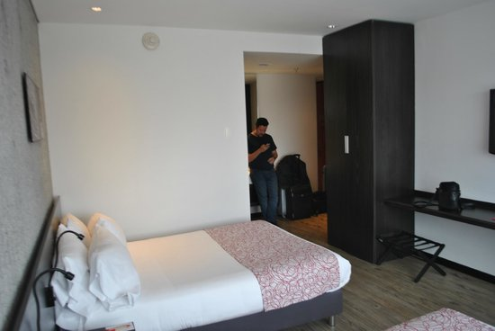 Hotel B3 Virrey: Suite junior au 7ème étage