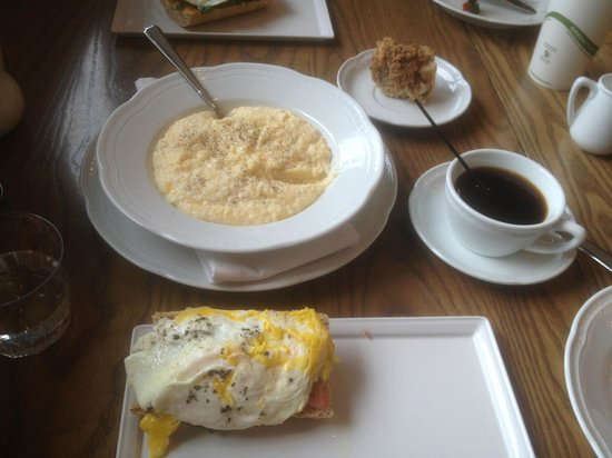 Andaz Savannah: Best Cheese Grits EVER -- offset by healthy, organic treats :-)