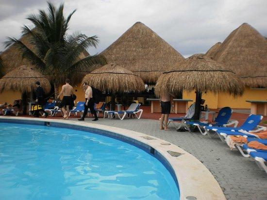 Allegro Cozumel : pool area