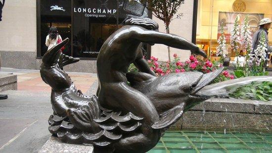 Rockefeller Center: Escultura