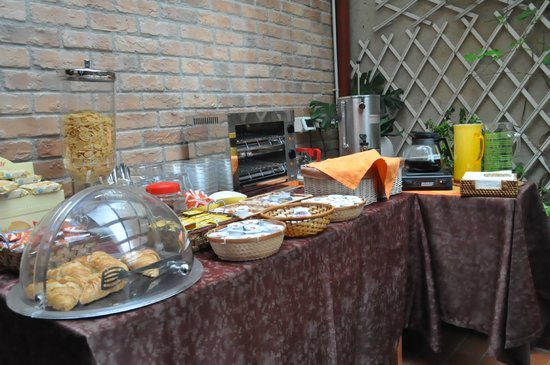 Hotel Ariel Silva : Sweet breakfast