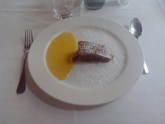 Hotel Baita Fiorita di Deborah Compagnoni : Strudel di mele in crema alla vaniglia