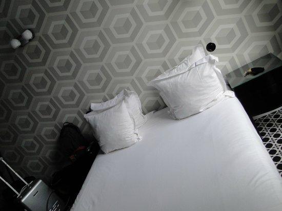 Hotel Emile: room 20