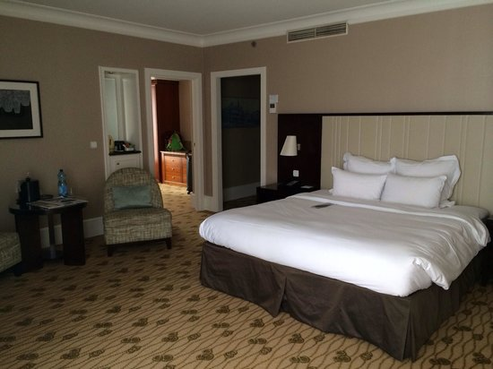 Renaissance Brussels Hotel: Executive suite bedroom