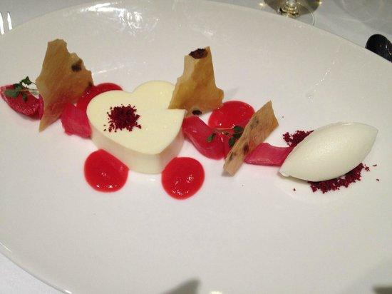 Hotel du Vin Wimbledon: Valentine's menu pudding