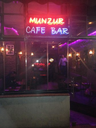 ‪Munzur Cafe Bar‬
