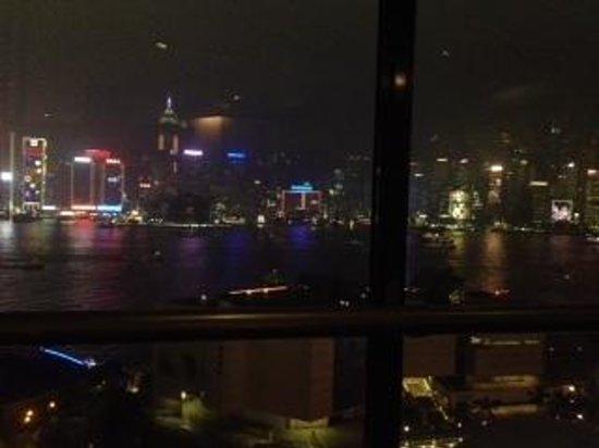 Sheraton Hong Kong Hotel & Towers: Nighttime view of HKG Skyline from SkyTop restaurant @ Sheraton Hong Kong & Towrs Hotel!