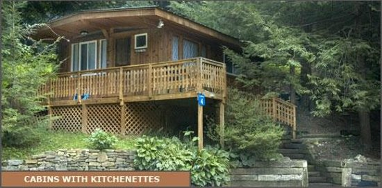 West Oak Bed & Breakfast: Cabins With Kitchenettes