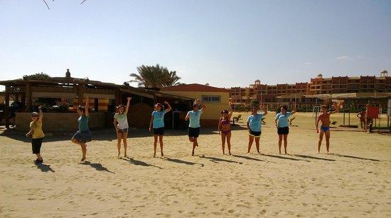 Malikia Resort Abu Dabbab: AT at work