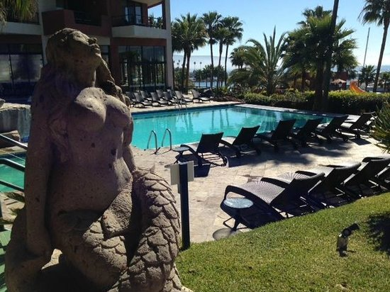 Hotel Coral & Marina: Outdoor Pool