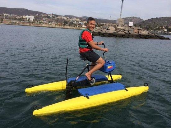 Hotel Coral & Marina: Aqua bikes - very fun!