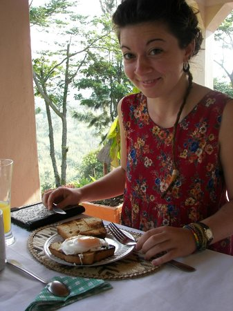 Kitojo Tourist Home: Breakfast