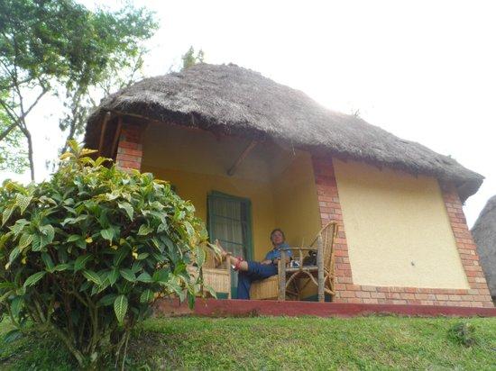 Kitojo Tourist Home: The cabana we stayed in