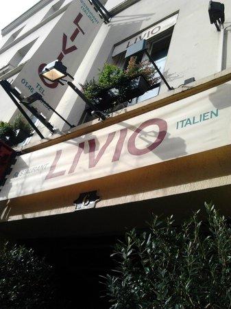 Livio: A EVITER !!!!! RESTAURANT ATROCE !