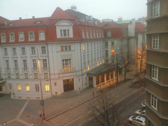 Hotel Am Konzerthaus Vienna MGallery by Sofitel : Der Tag beginnt mit einem Blick aus dem Fenster