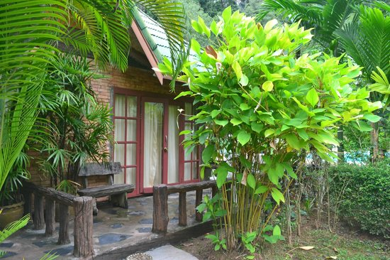Vipa Tropical Resort : the entrance of my room