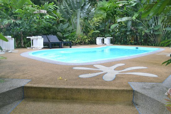 Vipa Tropical Resort: the pool. small yet beautiful. facing the mountain