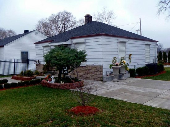Gary, IN: The teensy little house