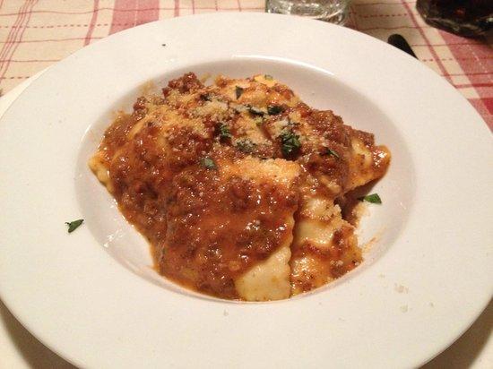Paolo's Bistro: Portabella mushroom stuffed ravioli