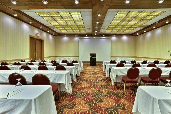 Toftrees Golf Resort : Ballroom Meeting Space