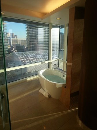 ARIA Resort & Casino: Bath