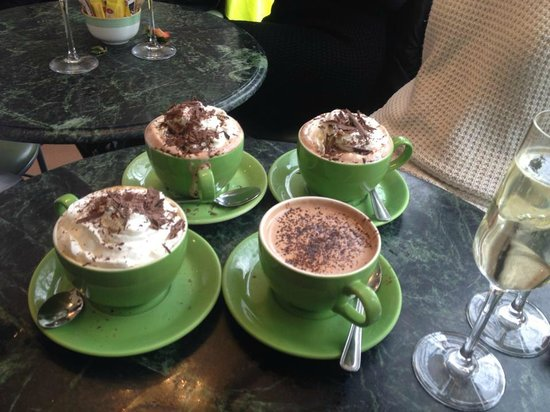 The Chocolate Theatre Co Ltd: Yummy hot chocolates!! Peanut without cream!