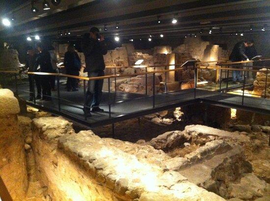 Museu d'Historia de Barcelona - MUHBA: Excavaciones subterráneas ciudad romana