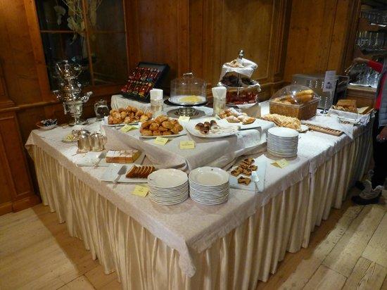 Cristal Palace Hotel: Breakfast area