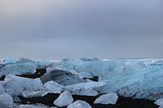 Gateway to Iceland : On the beach