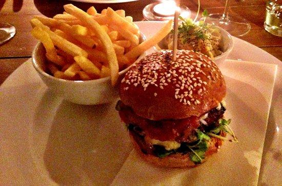 The Anchor Inn : Amazing burger
