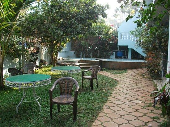 Tanisha Guest House: Tanisha garden