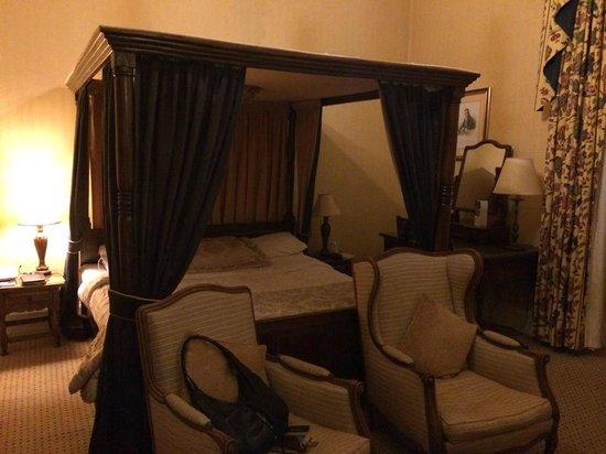 Dalhousie Castle: Room 10