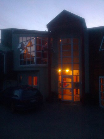 Haka Lodge Queenstown: Front view, Rm 14 top LHS